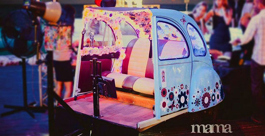 photo booth in vintage car